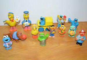 Vintage SESAME STREET Figurine & Toy Lot Big Bird Mr Snuffleupagus Bert Ernie