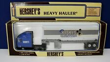 K-Line 860035 1:48 Semi Hersheys Cookies n Cream Container Flatbed Heavy Hauler