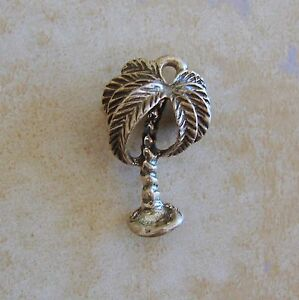 Beau Tropical Island Palm Tree Bracelet Charm Vintage Sterling Silver