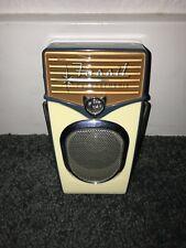 Fossil Futurephonic Portable Mini Radio Fully Functioning FM AM takes 3 AA's