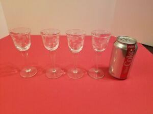 4 Vintage Etched Crystal Floral Design Sherry Cordial Aperitif Stemware Glasses