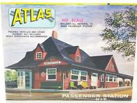 UNMADE ATLAS 706 HO GAUGE - AMERICAN PASSENGER RAILWAY STATION