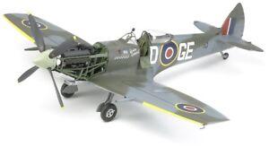 Tamiya 60321 - 1/32 Supermarine Spitfire Mk.xvie - Royal Air Force - New