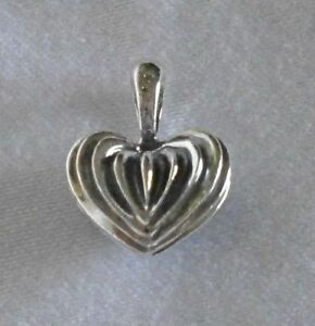 LAGOS Caviar Sterling Silver Fluted Heart Pendant
