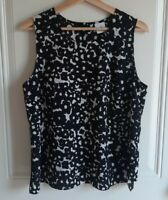 Cabi Womens Black White Ink Floral Printed Dixon Blouse Top Shirt Size Medium