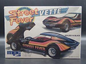 STREET FEVER VETTE RARE MPC 1:25 SCALE VINTAGE SEALED PLASTIC MODEL KIT