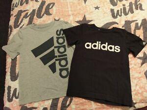 Adidas Jungen T-Shirt 2 Stück Gr. 110 * sehr Gut *