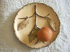 Assiette décorative en terre
