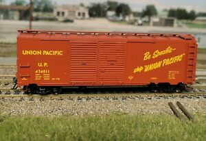 HO Red Caboose RTR 40' AAR Double Door Box Car Union Pacific UP