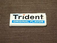 "VINTAGE 2 1/4"" LONG TRIDENT ORIGINAL FLAVOR GUM TIN *EMPTY*"