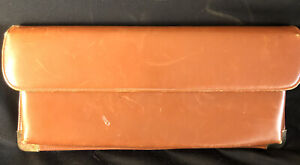 VINTAGE WOMEN'S BROWN LEATHER CLUTCH PURSE WITH BRASS-JANA