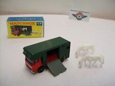 Matchbox 1-75, Nr.17, AEC Horse Box 1969, Red/Green
