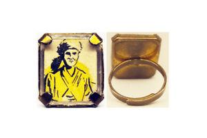 1950's Davy Crockett Glass Top Adjustable Toy Ring