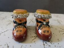 Vintage Souvenir Alaska Eskimo Boots Salt Pepper Shakers