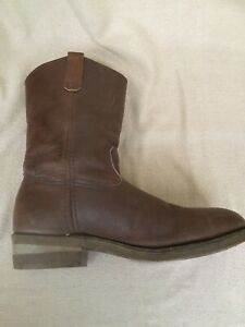 red wing pull on boots Steel Cap Boots Size US10. 43