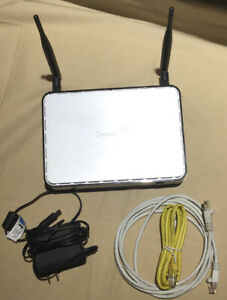 Actiontec Q1000 Qwest CenturyLink Wireless N Router With Power Cord