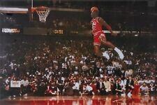 Michael Jordan - Foul Line - NBA Baskteball Poster (61 x 91cm)