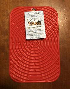 """Cerise"" LE CREUSET 9.5 x 6"" Silicone Trivet Mat Potholder Rectangular Hot Pad"