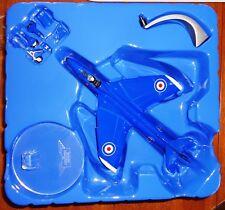 2001 CORGI Jet Fighter Power Hawker Hunter F MK6 Blue Diamonds AA32701 1:72 NEW