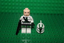 LEGO Star Wars   Clone Commander Gree  The Clone Wars  9491