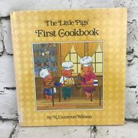 The Little Pigs First Cookbook First Edition Exlibrary Hardback Vintage 1987