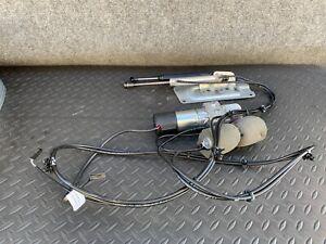 ✔MERCEDES X164 GL320 GL450 GL350 AUTO CLOSE TAILGATE LIFTGATE SHOCK PUMP OEM