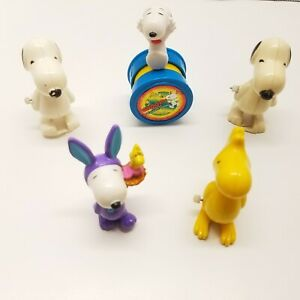 Lot Of 5 VTG Peanuts Snoopy Toys Lot United Features Syndicate Woodstock AVIVA