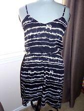 EXPRESS  Black/White  Hi Lo Sleeveless Dress  ***Sz MEDIUM***   $69.90  NWT