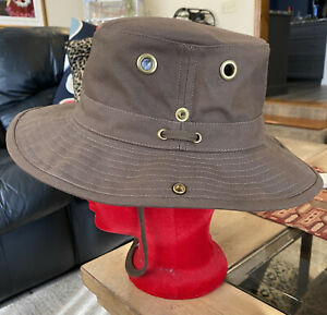 TILLEY ENDURABLES THE TILLEY HAT MENS CLASSIC BUCKET HAT COCOA BROWN SIZE 7 3/4