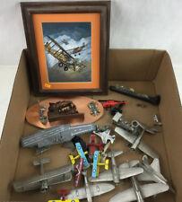 Wall Art W/ Metal Airplane Displays & More Lot 3399