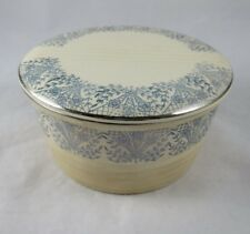 Universal Potteries Small Casserole Round Baking Dish Lid Blue Willow Silver USA