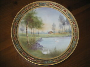 """NIPPON Swan Plaque 10"""" Plate Gold Beading! Trees Cabin by Lake Scene M in Wreath"""