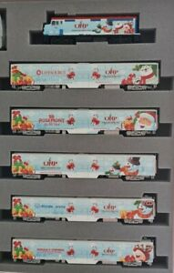 Kato 1062016A 2016 North Pole Christmas N Gauge Diesel Passenger Train Set
