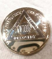 8 YEAR AA GOLD/SILVER Tone Bi-Plated Alcoholics Anonymous CHIP COIN MEDALLION