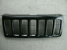 Jeep Commander XK factory grille