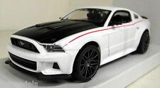 Maisto 1/24 Scale 31506 2014 Ford Mustang Street Racer White Diecast model car