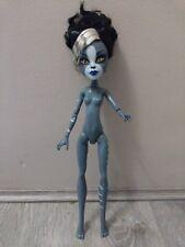 Monster High Zombie Shake desnuda Purrsephone cuerpo muñeca solamente