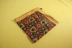 Straw Yellow Pocket Square Egyptian Scarab Wool/Silk - Fort Belvedere