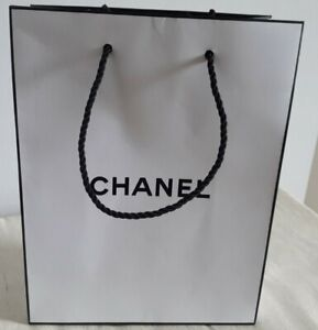 Small Chanel Gift Bag Size 18cm x 23cm x 9cm