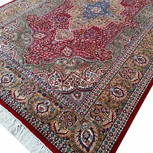 Maroon Color Handmade Luxury Traditional Hand Knotted Wool Carpet For Decor