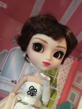 Pullip Sabrina Audrey Hepburn doll