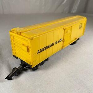Vintage S Gauge AMERICAN FLYER # 639 Yellow Box car