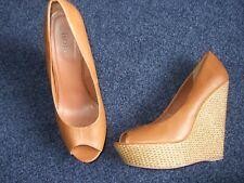 Fiore size 8 peeptoe ladies brown shoe, with weave detail on heel 6 inch heel