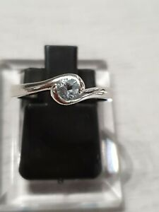 Ladies Platinum 900 Aquamarine Ring Size J