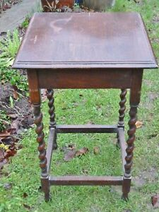lovely solid oak 1920s square occasional table barley twist legs art deco stand