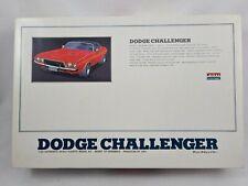 Arii 1:24 Dodge Challenger Bausatz Neu Inhalt versiegelt RAR
