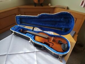 """15 inch German viola labeled """"Manfred H. Reinl"""" (B2627) with bow and case."""