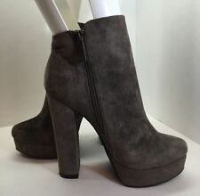 Chinese Laundry Womens Gray Suede Ankle Boots Size 8