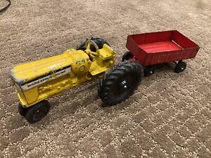 Vintage 1/24 scale ERTL Minneapolis Moline M-602 LP tractor and trailer