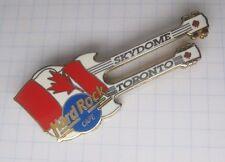HARD ROCK CAFE SKYDOME TORONTO CANADA FLAG MAPLE LEAF DN GUITAR ... Pin (Ka2)
